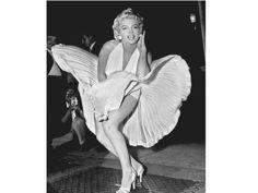 Aquí una noticia interesante sobre algunos de los vestidos mas destacados históricamente. Espero que os guste!  :)