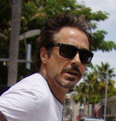 b6ec62529c7 Robert Downey Jr in Oakley Holbrook