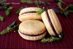 Trang's Kitchen - French Macaron with White Chocolate Blackberry Ganache