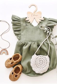 Little one rompers! Come across a very large number handmade, old, and distinct … – Cute Adorable Baby Outfits Baby Outfits, Little Girl Outfits, Little Girls, Kids Outfits, Fall Toddler Outfits, Newborn Outfits, Baby Girl Fashion, Fashion Kids, Toddler Fashion