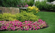 Annual Flower Bed Photos | How to Design a Flower Garden | eHow.com