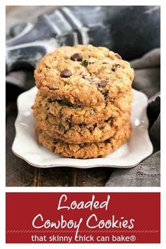 cowboy cookies Loaded Cowboy Cookies Recipe - Chewy, buttery cookies with oats, chocolate chips, pecans and coconut Buttery Cookies, Oat Cookies, Yummy Cookies, Coconut Cookies, Smores Cookies, Homemade Cookies, Sugar Cookies, Perfect Chocolate Chip Cookies, Chocolate Chips