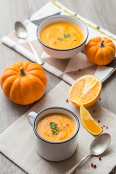Eat Stop Eat To Loss Weight - Soupe Potiron, Carotte et Orange - In Just One Day This Simple Strategy Frees You From Complicated Diet Rules - And Eliminates Rebound Weight Gain Veggie Recipes, Soup Recipes, Vegetarian Recipes, Cooking Recipes, Healthy Recipes, Healthy Soup, Cooking Tools, Carrot And Orange Soup, Carrot Soup