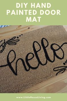 Looking for a custom door mat to grace your front door? Here's how to make your own DIY Door Mat! Do It Yourself Projects, Cool Diy Projects, Make It Yourself, Easy Crafts For Kids, Fun Crafts, Little House Living, Front Door Mats, Acrylic Craft Paint, Amazing Crafts