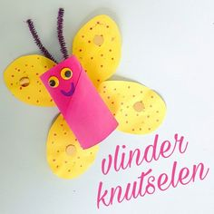 Crafting butterflies with toilet rolls - Fun with kids - Crafting butterflies with toilet rolls – Fun with kids - Diy For Kids, Crafts For Kids, Diy Crafts, Creative Workshop, Image Notes, Blogger Themes, Kids Learning, Little Ones, Activities For Kids