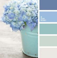 This palette contains of extremely soft hues. Violet-blue and lighter pale blue shades are used for outlines and bright elements wandfarbe mint Color Palette