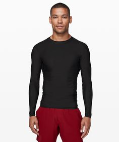 Final Wave Rash Guard - Chase the waves in this bonded rash guard, designed to protect your skin from sun and scrapes. Mens Swim Tops, Man Swimming, Rash Guard, Lululemon Athletica, Waves, How To Wear, Gift Guide, Shopping, Black