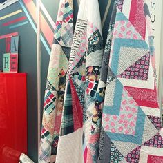 More yummy quilts on display at my #DareFabrics booth! ☺️ Don't you love them? I want to keep them all  #PatBravoDesign #ArtGalleryFabrics #QuiltMarket