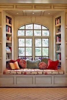 window+seat+bookcases+via+pinterest.jpg (512×768)