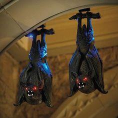 Swinging Bat - halloween decorations