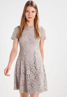 Pedir Dorothy Perkins Vestido de cóctel - grey por 40,95 € (3/11/17) en Zalando.es, con gastos de envío gratuitos.
