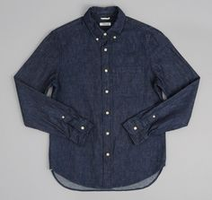 Style Number: SH1-310- Selvedge lightweight weft-slub denim- 100% cotton- Fabric origin: Japan- Button-down collar- Natural corozo buttons- Single chest pock...