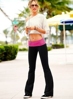 29 Ideas Yoga Pants Girls Candice Swanepoel For 2019 Dance Outfits, Sport Outfits, Kinds Of Clothes, Clothes For Women, Sexy Workout Clothes, Sporty Clothes, Exercise Clothes, Yoga Pants Girls, Victoria Secret Outfits