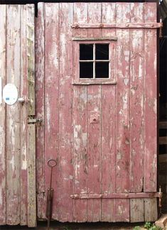 Love the weathered patina on this pink door, UK---potential dresser color Old Doors, Windows And Doors, Old Wooden Doors, Barn Doors, Old Barns, Doorway, Dusty Rose, Dusty Pink, Pretty In Pink