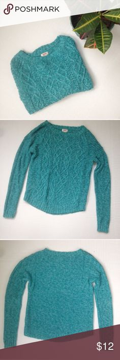 Mossimo Cable Knit Crew Neck Sweater Cable knit crew neck Sweater from Mossimo Supply Co. Size: M. Color: Turquoise. Lighter weight Knit with cable knit detail on front. Wear under a puffer fest with jeans for the perfect winter look.  76% cotton, 24% acrylic. Mossimo Supply Co. Sweaters Crew & Scoop Necks