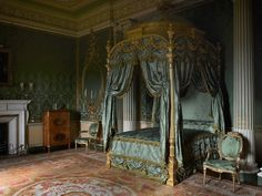 A guided tour of Harewood House - Period Living Royal Bedroom, Dream Bedroom, Slytherin, Hogwarts, Harewood House, Discount Bedroom Furniture, Period Living, Aesthetic Bedroom, Luxurious Bedrooms