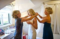 Real Weddings: Katie ( I like the mother's hair)