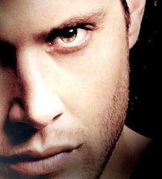 Jensen Ackles - Dean Winchester - Supernatural.