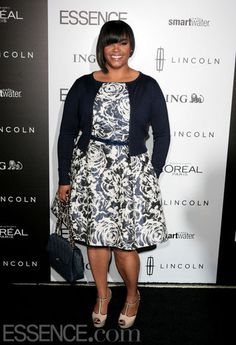 Jill Scott, singer, artist, plus model