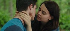The Duff-Mae Whitman and Robbie Amell The Duff Movie, Movie Tv, The Duff Book, Robie Amell, Movies Showing, Movies And Tv Shows, Movie Kisses, Teen Movies, Fat Friend