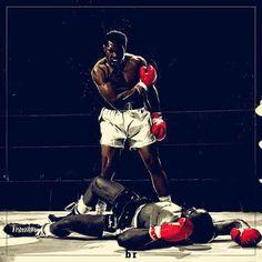 Mohammad Ali beats Sonny Liston