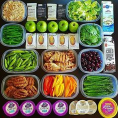 """Here's what an hour can get you! Awesome job as always @ljadeparker. :::::::::::::::::::::::::::::::::::::::::"""""""""""""""""""""""""""""""""""""""""""""""""""""""""""""""" 1 hour Mealprep Monday Buffet! Went with a lot of greens & veggies this week to get back on track after vacation with some high volume meals Also included a few healthy pre-packaged snack options this week to save on prep time! _ Here's what I have planned for a full day of eating ⬇ Breakfast - Egg white scramble with spinach & bell peppers topped with sa..."""