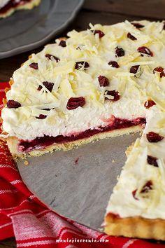 Lingontårta - tarta z borówką leśną Homemade Pastries, Camembert Cheese, Cooking Recipes, Cookies, Baking, Sweet, Food, Pies, Crack Crackers