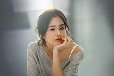 Nấc thang lên thiên đường, Chuyện tình Havard, Iris… là những bộ phim gây ấn tượng của bà xã Bi Rain - Kim Tae Hee.