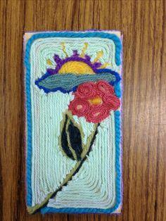 Yarn grade art project) Good project for entertaining little ones that visit Classroom Art Projects, School Art Projects, Art Classroom, Jandy Nelson, Yarn Painting, 5th Grade Art, Cross Art, Collaborative Art, Art Lessons Elementary