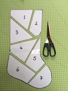 Make a patchwork Christmas stocking with left over Xmas fabrics or fat quarters…. Make a patchwork Christmas stocking with left over Xmas fabrics or fat quarters. Step-by-step tutorial. Quilted Christmas Stockings, Christmas Stocking Pattern, Xmas Stockings, Christmas Patchwork, Christmas Quilting, Christmas Patterns, Quilted Ornaments, Christmas Fabric, Sewing Hacks