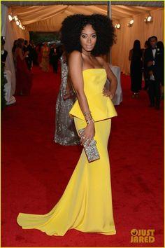 Baile do Met 2012 – Vestidos amarelos