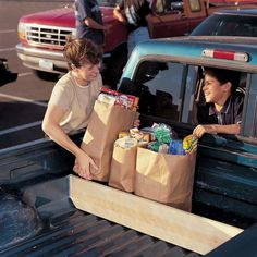 Give the bed of your pickup truck a little TLC for easier storage, loading, unloading and fun. Check out these truck bed storage ideas. Truck Bed Drawers, Truck Bed Storage, Bed With Drawers, Diy Storage, Secure Storage, Truck Bed Camper, Mini Camper, Old Ford Trucks, Pickup Trucks