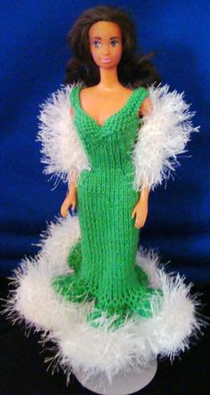 Ladyfingers - Back from Vacation with some Barbie outfits Barbie Knitting Patterns, Barbie Clothes Patterns, Crochet Barbie Clothes, Doll Clothes Barbie, Barbie Outfits, Barbie Dress, Clothing Patterns, Doll Patterns, Barbie Wardrobe