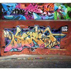 Massive dollops of graffiti funk from Spain's @jaycaes (http://globalstreetart.com/kaes).