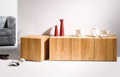 Arrangement von 4 Design-Beistelltischen ROLL-IT in Eiche