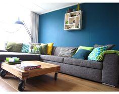 karwei woonstijl herfstblues in de woonkamer, blauwe bank | living, Deco ideeën