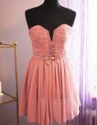 pudrowa sukienk rozkloszowana Asos Little Mistress   Cena: 60,00 zł  #asos #rozkloszowana #pudrowa #lipsylondon #sukienkaasos #littlemistress #nudesukienkiasos