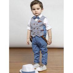 Κουστουμάκι βάπτισης Mi Chiamo 50% λινό-50% βαμβακερό σε λευκές/μπλε αποχρώσεις με παντελόνι, τιράντες, πουκάμισο, γιλέκο, παπιγιόν και καπελάκι, Βαπτιστικό κουστουμάκι οικονομικό-επώνυμο, Βαπτιστικά ρούχα για αγόρι τιμές-προσφορά