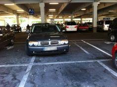 Familienparkplätze sind sehr groß...
