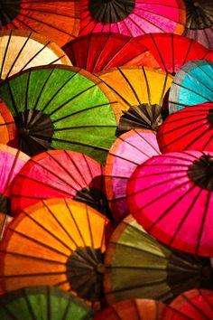 Colors with parasols - 傘