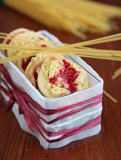 Spaghettikeks, ein raffiniertes Rezept aus der Kategorie Kekse & Plätzchen. Bewertungen: 198. Durchschnitt: Ø 4,5.