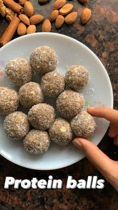 Indian Dessert Recipes, Healthy Dessert Recipes, Baby Food Recipes, Healthy Snacks, Cooking Recipes, Snacks Saludables, Vegetarian Snacks, Protein Shake Recipes, Yummy Food
