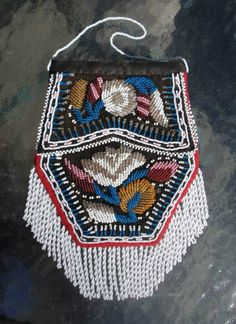 old antique beaded Native American Indian Iroquois bag pouch purse