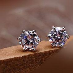 Diamond earrings | Пуссеты/Studs в 2019 г. | Crown earrings ...
