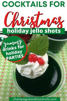 These Spiced Rum Rum Cocktail Recipes, Cocktail And Mocktail, Best Christmas Cocktails, Christmas Parties, Yummy Shots, Yummy Drinks, Lime Jello Shots, Rum Punch Drink, Red Hots Candy