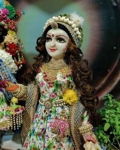 Krishna Songs, Krishna Art, Krishna Images, Radhe Krishna, Devotional Songs, Princess Zelda, God, Fictional Characters, Instagram