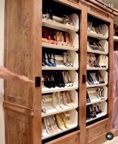 The Realtor Joan Where has this been my whole life? 👠👡👢🥿 Who else needs rotating shoe shelves?