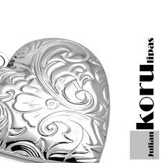 Avattava medaljonki #sydänkoru #sydänriipus