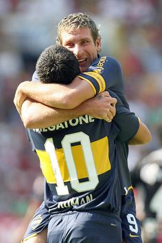 Riquelme/Palermo Two legends Best Football Players, World Football, Football Soccer, Martin Palermo, Villarreal Cf, Messi Vs, World Library, Most Popular Sports, World Of Sports