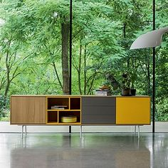 Dallagnese extra long sideboard Wooden Modern is a great piece that will blend in with any decor. The Sideboard is available in a wide choice of finishes. Tv Furniture, Retro Furniture, Furniture Design, Contemporary Furniture, Contemporary Design, Mid Century Sideboard, Muebles Living, Storage Design, Cabinet Design